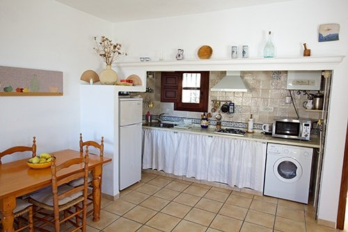 Fully equipped modern kitchen at our holiday cottage in the Alpujarras